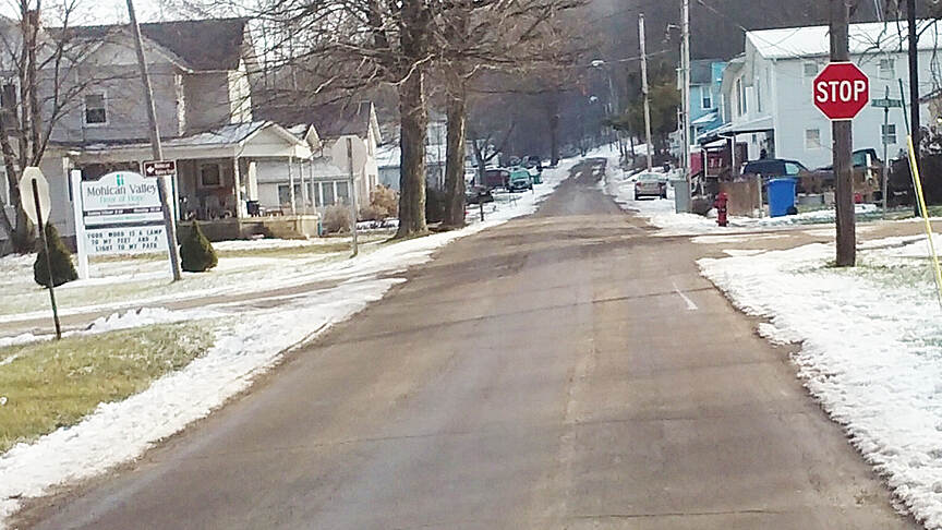 Ohio to Erie Trail Northbound Dec 2016 Danville, left on East St from North St
