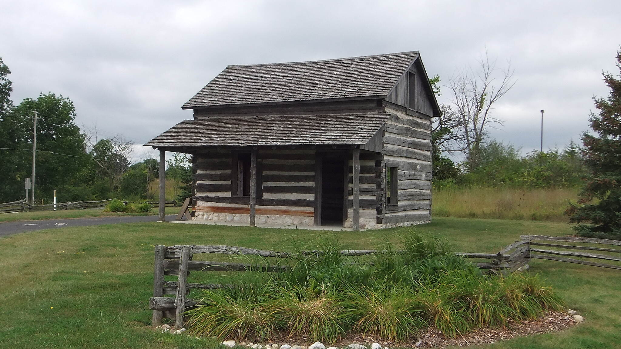 Old Plank Road Trail (WI) Old Plank Road Trail Pioneer Log Home (Green Bush)