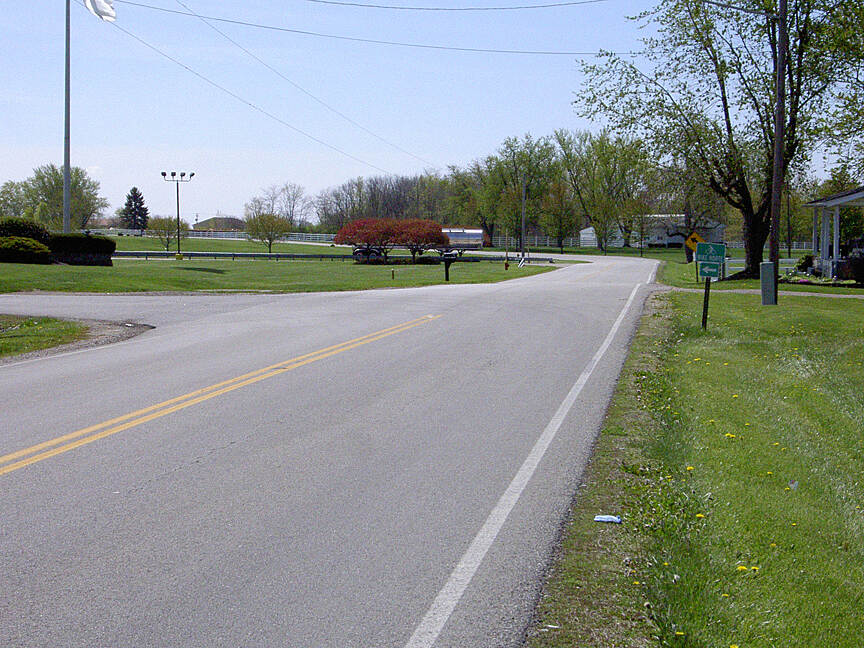 Paint Creek Recreational Trail Washington CH April 2015 Eastbound Old Chillicothe Rd/140 left on Kenskill Ave entering Washington Industrial Park