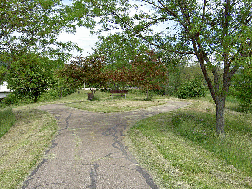 Paint Creek Recreational Trail Chillicothe May 2015 East endpoint is at this circle near US 23 and the Scioto River