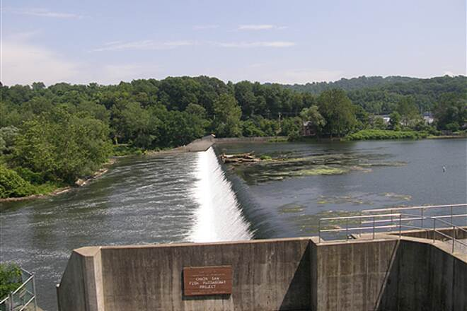 Palmer Township Recreation Trail (Towpath Bike Trail)  Chain Dam