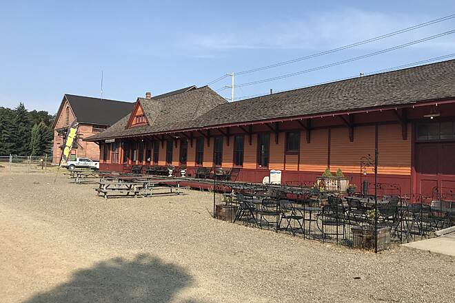 Palouse to Cascades State Park Trail Cedar Falls Trailhead  to Thorp Trailhead - Two Days Smokey's BBQ in Cle Elum. Looks like an old train depot. There is a small walking history of the railway in South Cle Elum.