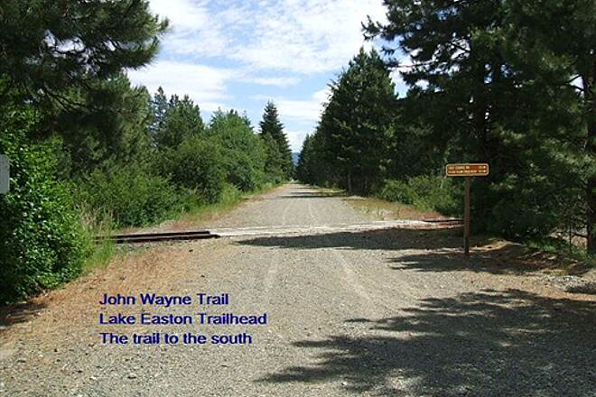 Palouse to Cascades State Park Trail John Wayne Trail Lake Easton Trailhead - trail heading SE