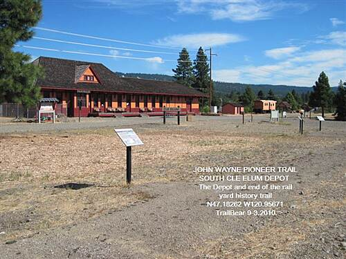 Palouse to Cascades State Park Trail JWPT - S. CLE ELUM DEPOT A bit of the Rail Yard Trail and signs