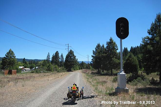 Palouse to Cascades State Park Trail JOHN WAYNE PIONEER TRAIL - S. CLE ELUM Heading east from S. Cle Elum, downhill to the Columbia River.