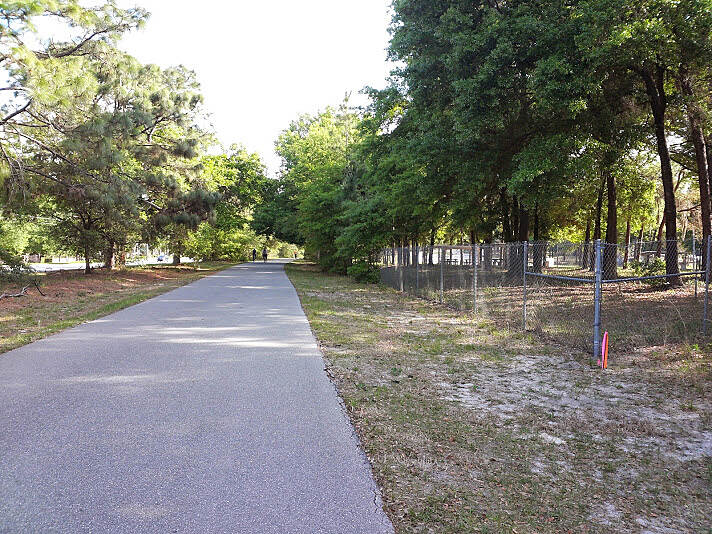 Peachtree City Multi-Use Paths Seminole trail Photo by: Ligia Ceballos.
