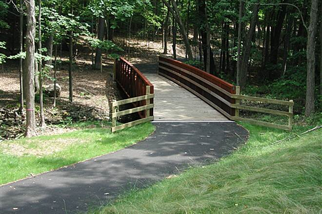 Pequonnock River Trail   Bridge over brook just after Spring Hill Rd intersection