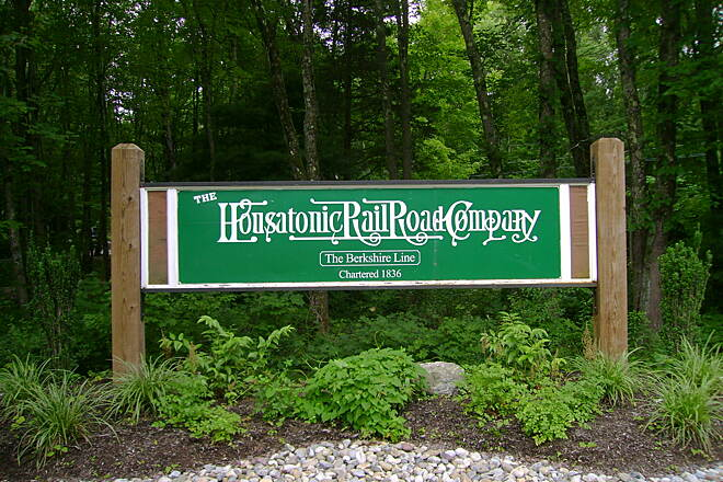 Pequonnock River Trail Monroe's Housatonic Rail-Trail seal.