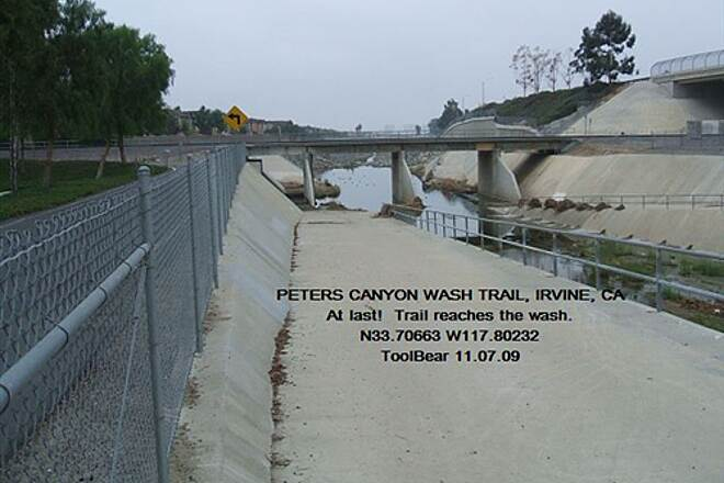 Peters Canyon Trail PETERS CANYON WASH TRAIL, Irvine, CA The wash trail reaches the wash.
