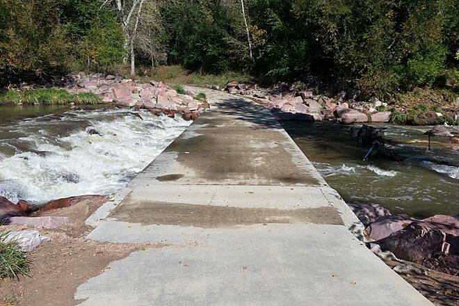 Pikes Peak Greenway Trail Watch for piles of sand Caution - Low-water crossing of Fountain Creek. After rains, sediment can wash up and pile up.