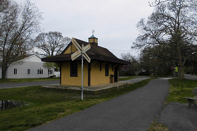 Pleasantville to Somers Point Bike Path Train Stop in Northfield