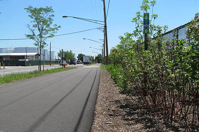 Port Richmond Trail Mid-Trail Port Richmond  Mid-Trail (East side of Delaware Ave).