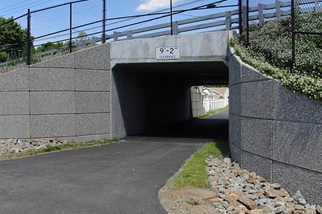 Putnam Trailway  Completed tunnel at Seminary Rd