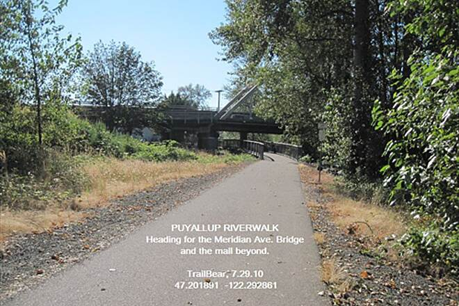 Puyallup Riverwalk Trail PUYALLUP RIVERWALK TRAIL Beyond the bridge - a mall trailhead