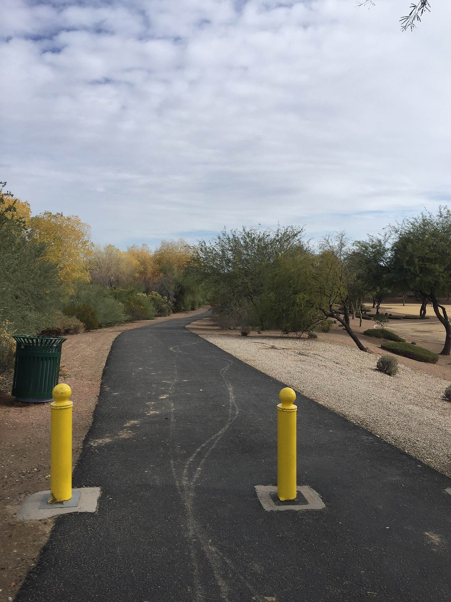 Queen Creek Wash Trail Trailhead