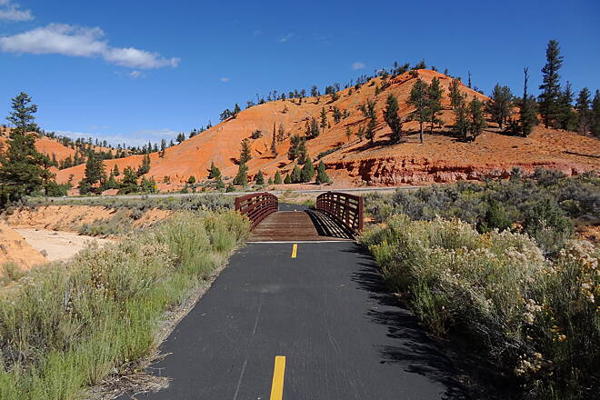 Red Canyon Bicycle Trail Red Canyon Scenery