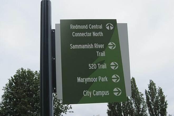 Redmond Central Connector REDMOND CENTRAL CONNECTOR Good signage on this trail.