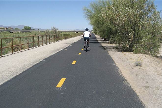 Rillito River Park Trail Rillito River Trail Mostly flat, well maintained & easy riding
