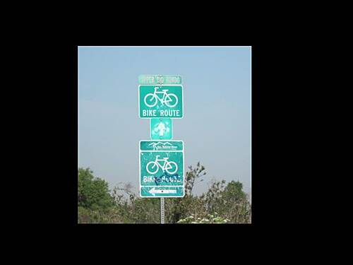 Rio Hondo River Trail LARIO TRAIL - UPPER RIO HONDO SECTOR Four Corners Juction at SGRT x Rio Hondo - signs