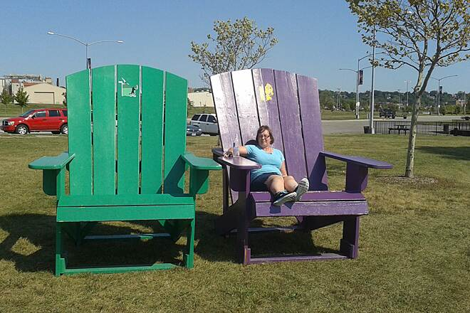 Riverfront Trail (IA) Big chairs