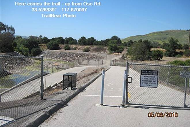 Robert McCollum Memorial Bicycle Trail TRABUCO CREEK - EAST BANK TRAIL, SJC, CA. This bit of trail is headed for the freeway xing.