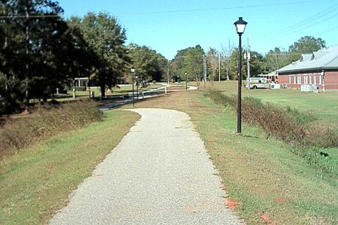 Robertsdale Trail North of Downtown North side of town looking north. Notice that the trail meanders on and off the grade. This is typical of the north side of the trail.
