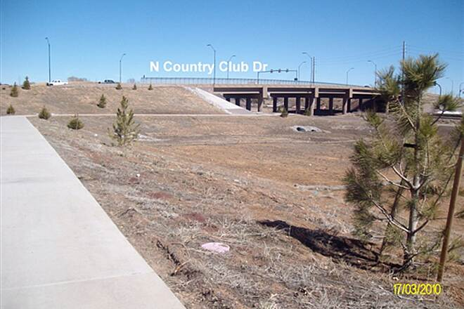 Route 66 Trail Route 66 Trail Trail passes under N. Country Club Dr.