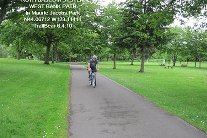 Ruth Bascom Riverbank Trail System THE RUTH BASCOM SYSTEM - WEST BANK PATH This park has parking, restrooms and water.