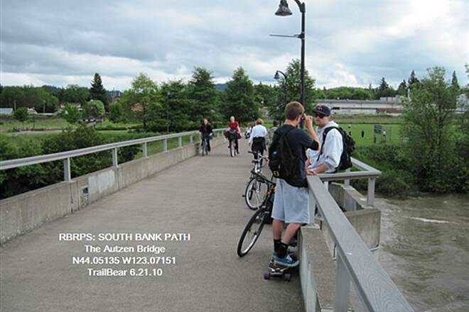Ruth Bascom Riverbank Trail System SOUTH BANK PATH Out on the Autzen Bridge