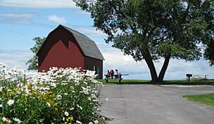 sackets harbor black personals Watertown vacation rentals - craigslist cl (sackets harbor, ny) favorite this post may 6 3 bedroom cottage on black lake.