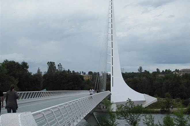 Sacramento River Trail SACRAMENTO RIVER TRAIL, REDDING, CA    More Sundial Bridge