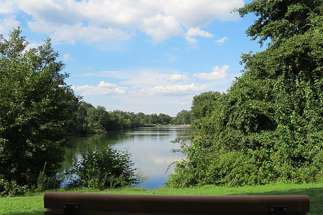 Saddle River Area Bike Path - Bergen County Pond
