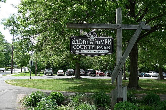 "Saddle River Area Bike Path - Bergen County The entrance to the trail is at the ""Wild Duck Pond Area"" at 1113 West Ridgewood Avenue, Ridgewood"