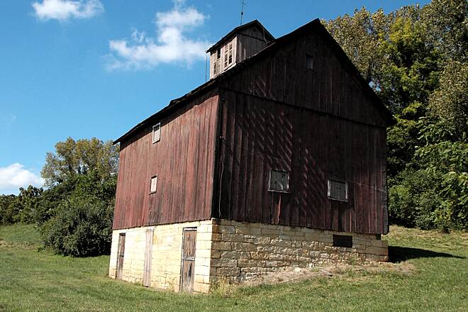 Sam Vadalabene Great River Road Bike Trail Built in 1876 Beautiful old barn overlooking the trail and the river.