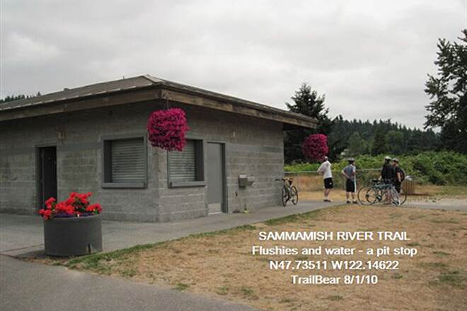 Sammamish River Trail SAMMAMISH RIVER TRAIL Trailside restrooms, water at a sports park