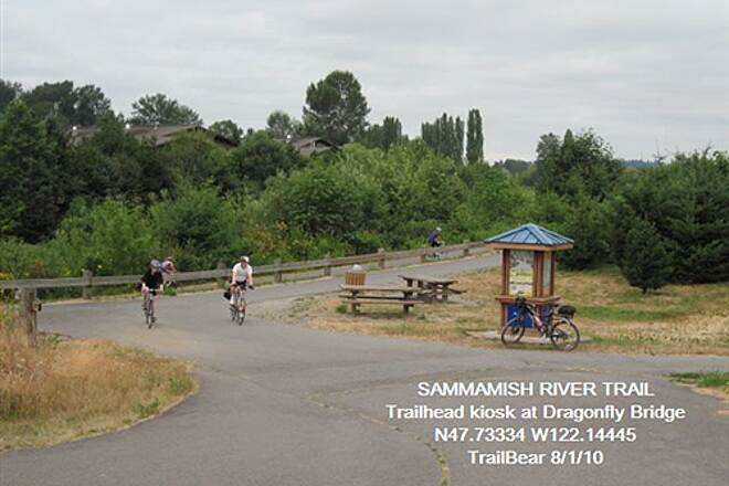 Sammamish River Trail SAMMAMISH RIVER TRAIL This is off NE 145th St.