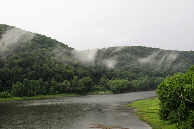 Sandy Creek Trail Fog after the rain-August, 2018 Fog rolled in after the rain storm.  August, 2018.  Looking South at the Allegheny River from the Belmar Bridge.