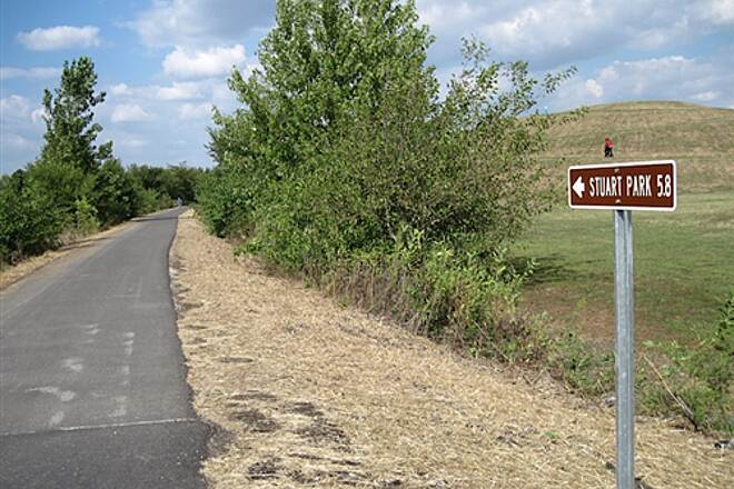Sangamon Valley Trail Southern terminus Southern terminus of the trail at Centennial Park