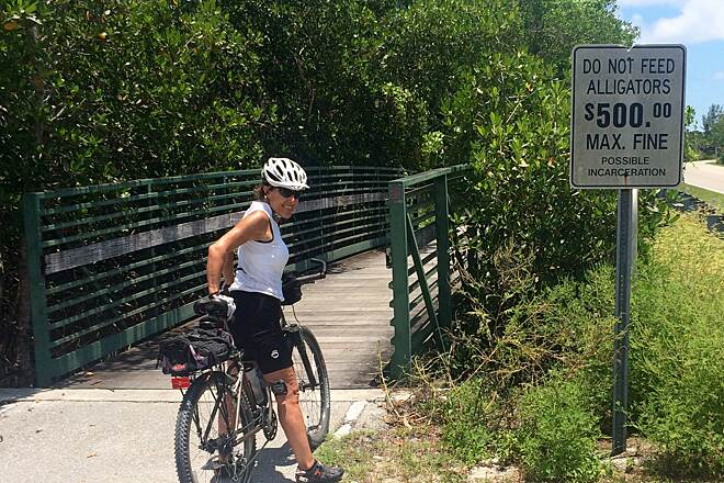 Sanibel Island Shared-Use Paths $500 fine for feeding alligators
