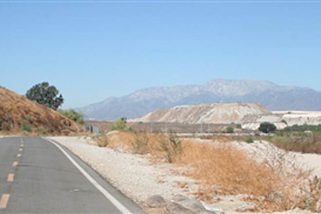 Santa Ana River Trail SART near San Bernardino end of trail