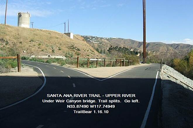 Santa Ana River Trail Santa Ana River Trail - Upper Section Take a left here.