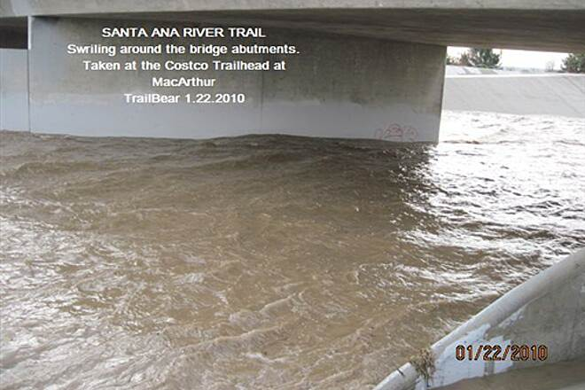 Santa Ana River Trail SART WITH WATER IN IT!  FLOOD WEEK IN THE O.C. Sure would be a ride.