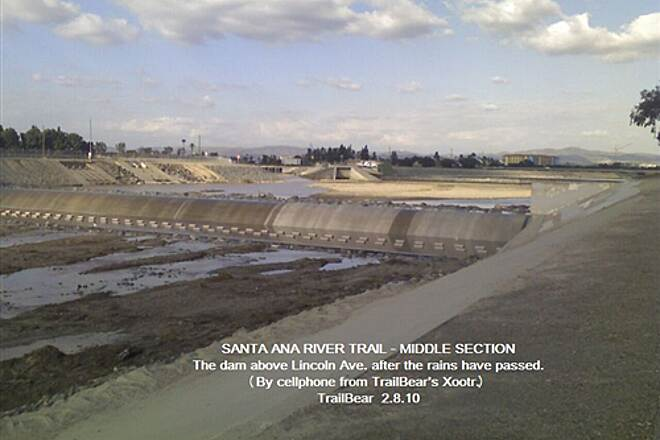 Santa Ana River Trail SANTA ANA RIVER TRAIL - MID SECTION The last of the runoff was well downstream yesterday.