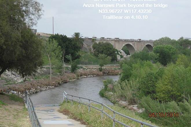 Santa Ana River Trail UPPER SART - RIVERSIDE The bottom of Anza Narrows Park beyond the bridge