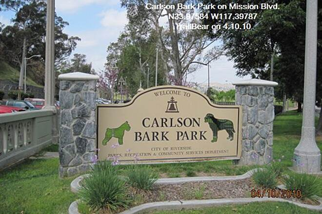 Santa Ana River Trail UPPER SART - RIVERSIDE Carlson Bark Park - a fancy dog park.