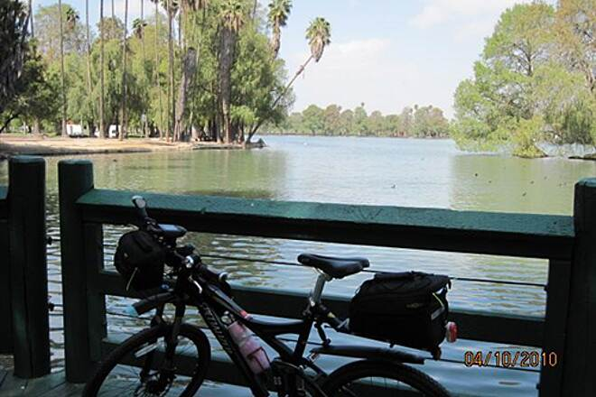 Santa Ana River Trail UPPER SART - RIVERSIDE The boardwalk at Lake Evans