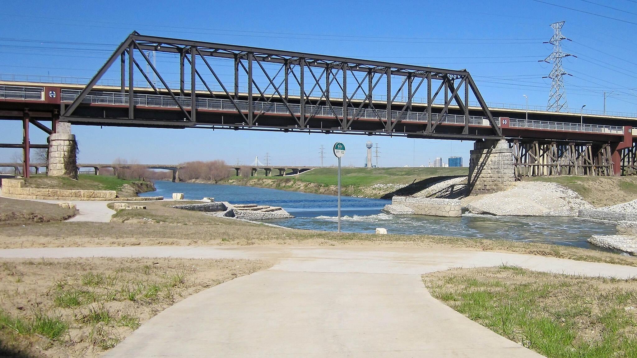 1903 Steel Pratt Truss, Santa Fe Trestle Trail | 49106