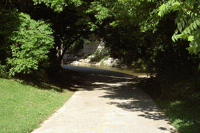 Shaker Trace Trail Inner/Outer Loop June 2015 Counterclockwise, along Dry Fork Creek and under Mt. Hope Rd