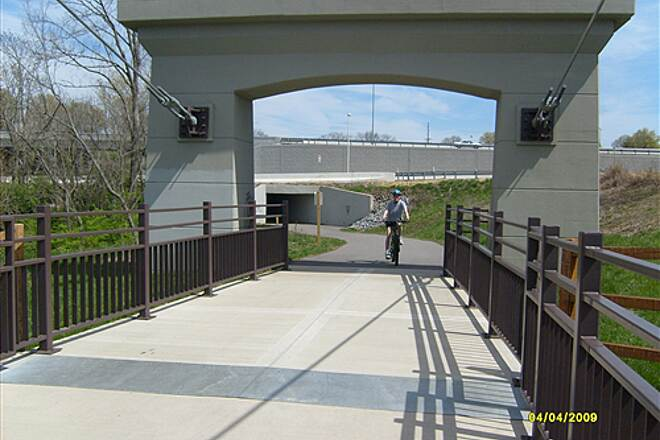 Shelby Bottoms Greenway Bridge over Cumberland River at trail head