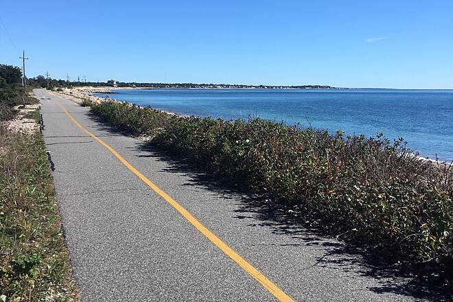 Shining Sea Bikeway Shining Sea Bikeway Beautiful day for a leisurely ride along the bikeway. Shoreline portion of was absolutely gorgeous today (Oct 10, 2017). Look forward to riding this one again!